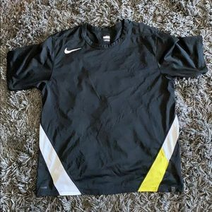 Nike fit dry summer black shirt